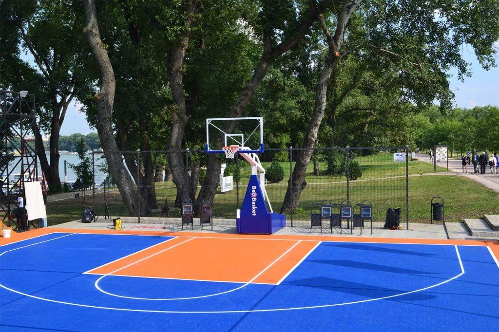 Profesionalna pomična košarkaška konstrukcija