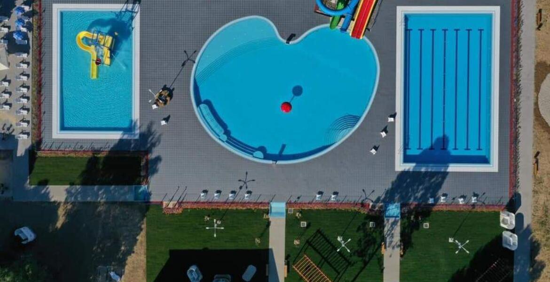 Podovi za bazene